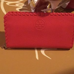 Brand New Coral Color Tory Burch Wallet